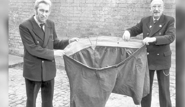 ANgus Barbeiri's Trousers
